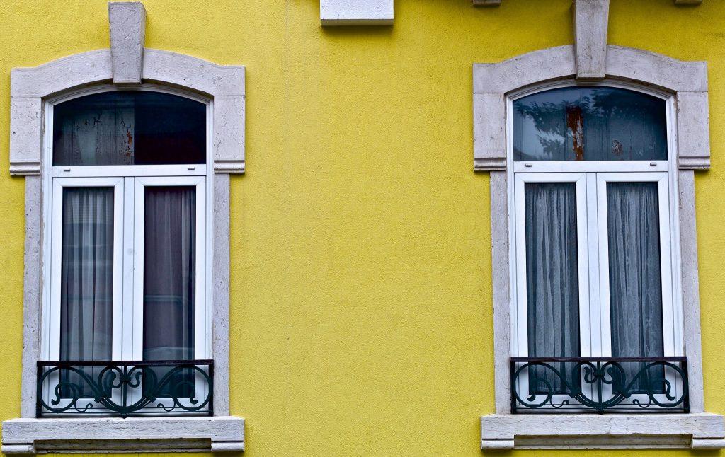 L'entretien des fenêtres en PVC - CC by Pedro Ribeiro Simoes